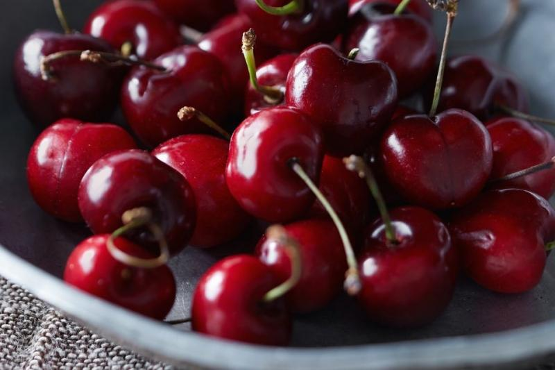 How to Can Cherries in Juice Without Added Sugar