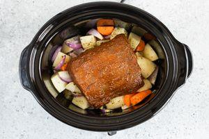 Slow Cooker Tri-Tip Roast With Vegetables