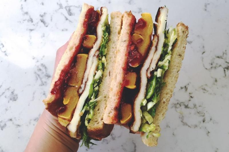 Sweet and Spicy Halloumi Sandwich Recipe