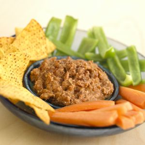 40 + Slow Cooker Snacks, Dips and Appetizer Recipes