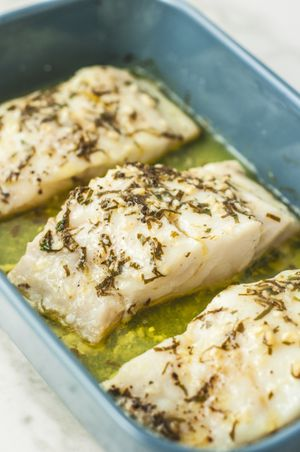 Healthy Baked Lemon Garlic Cod
