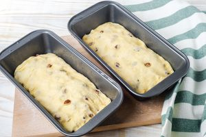 Recipe for Homemade Raisin Bread