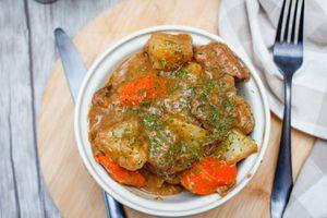 Old-Fashioned Slow Cooker Beef Stew Recipe