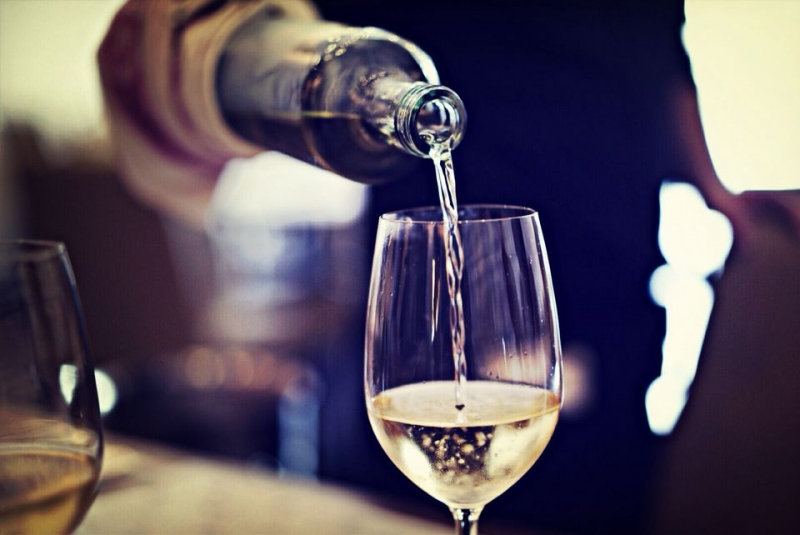 Identifying Sweet White Wines