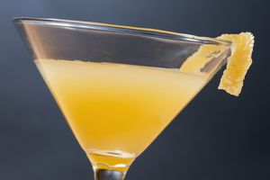 10 Intriguing Apricot Cocktails